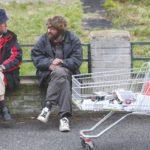 два бездомных тележка