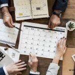 офис календарь люди
