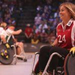 инвалид женщина спорт коляска