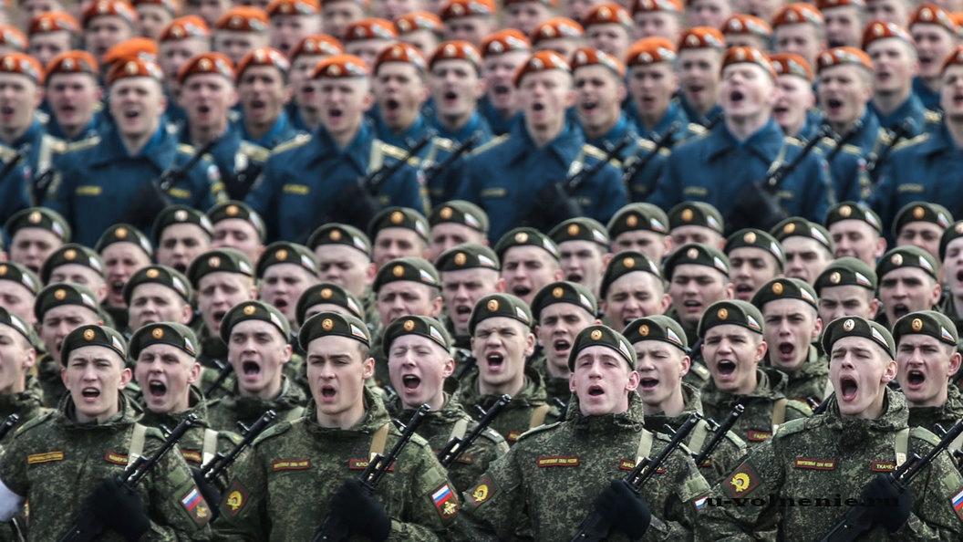 солдаты строй парад поют